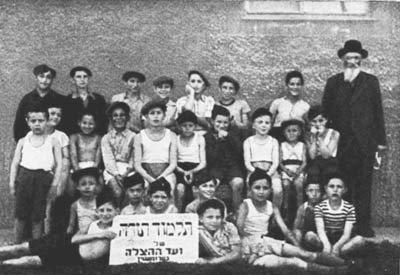Klasse der vom Vaad Hatzala unterhaltenen Talmud Thora Schule in Traunstein